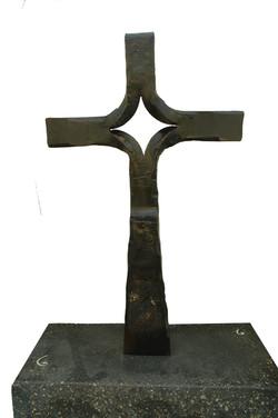 kaviar forge cross