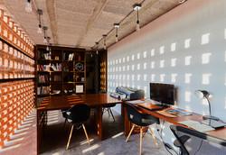 Colorines Studio House