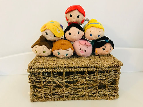 8x Character soft toys in basket