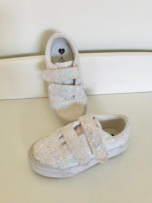 Size 6 glitter trainers