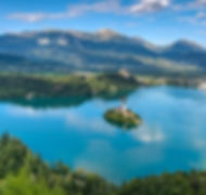 Bled, Slovénie, lac, église sur île, eau turquoise, montagne