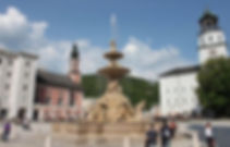 69798_salisburgo_residenzplatz.jpg
