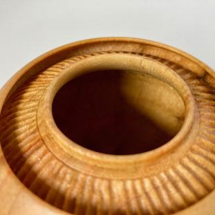 Camphor pot