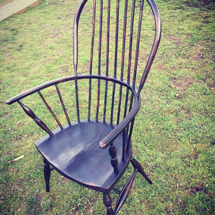 Double bow back Windsor Chair
