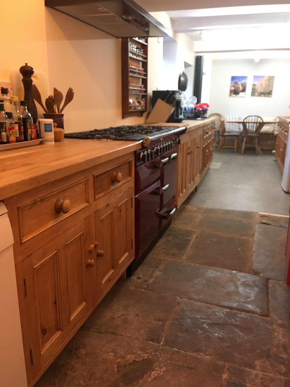 Not a very good photo of the new kitchen units - made to match the old ones!
