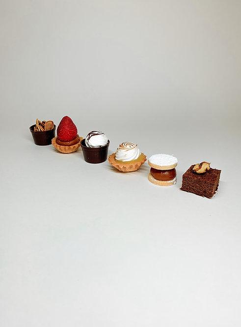 Assorted 12 Sweet Shot Box