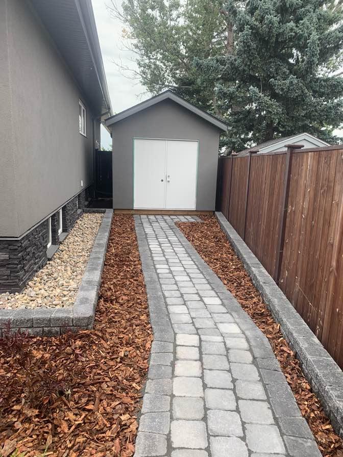 Walkway, Mulch and Decorative Rock