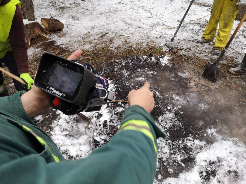 Safe Debris Burning with Thermal Camera & Cleanup