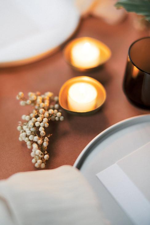 A_Vibrant_Loft_Winter_Wedding_in_Fiskars