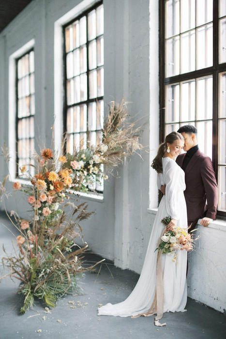A_Vibrant_Loft_Winter_Wedding_in_Fiskars