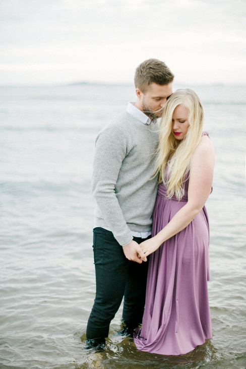 Couple Shoot on the beach in Hanko, Finl