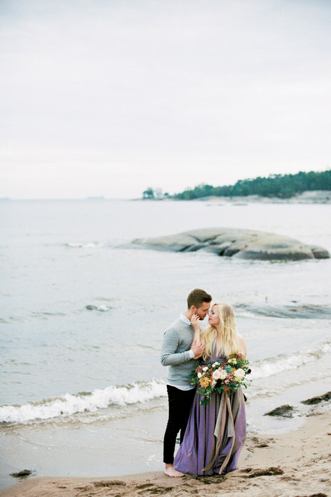 Couple Shoot on the beach in Hanko, Finl