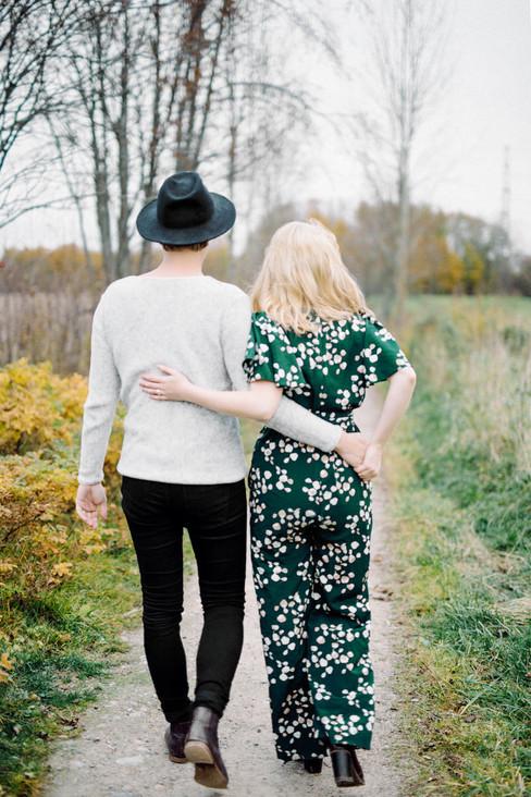 Couple Shoot in Frosty Haltiala, Helsink