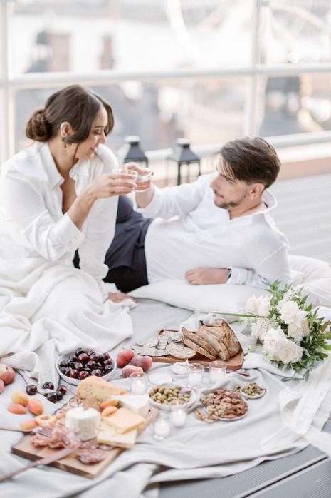 Intimate city elopement in Helsinki, Finland, Hääkuvaus, Hääkuvaaja Susanna Nordvall, Wedd