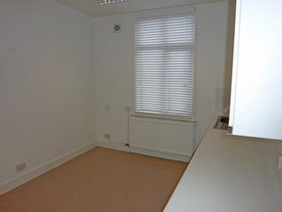 Therapy room for rent.JPG