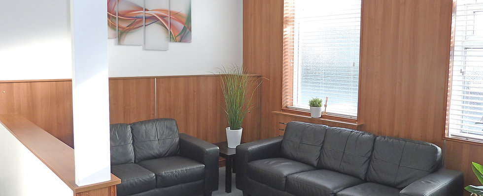 Waiting room, Archways, Contact us, treatment room, room rental, private healthcare.