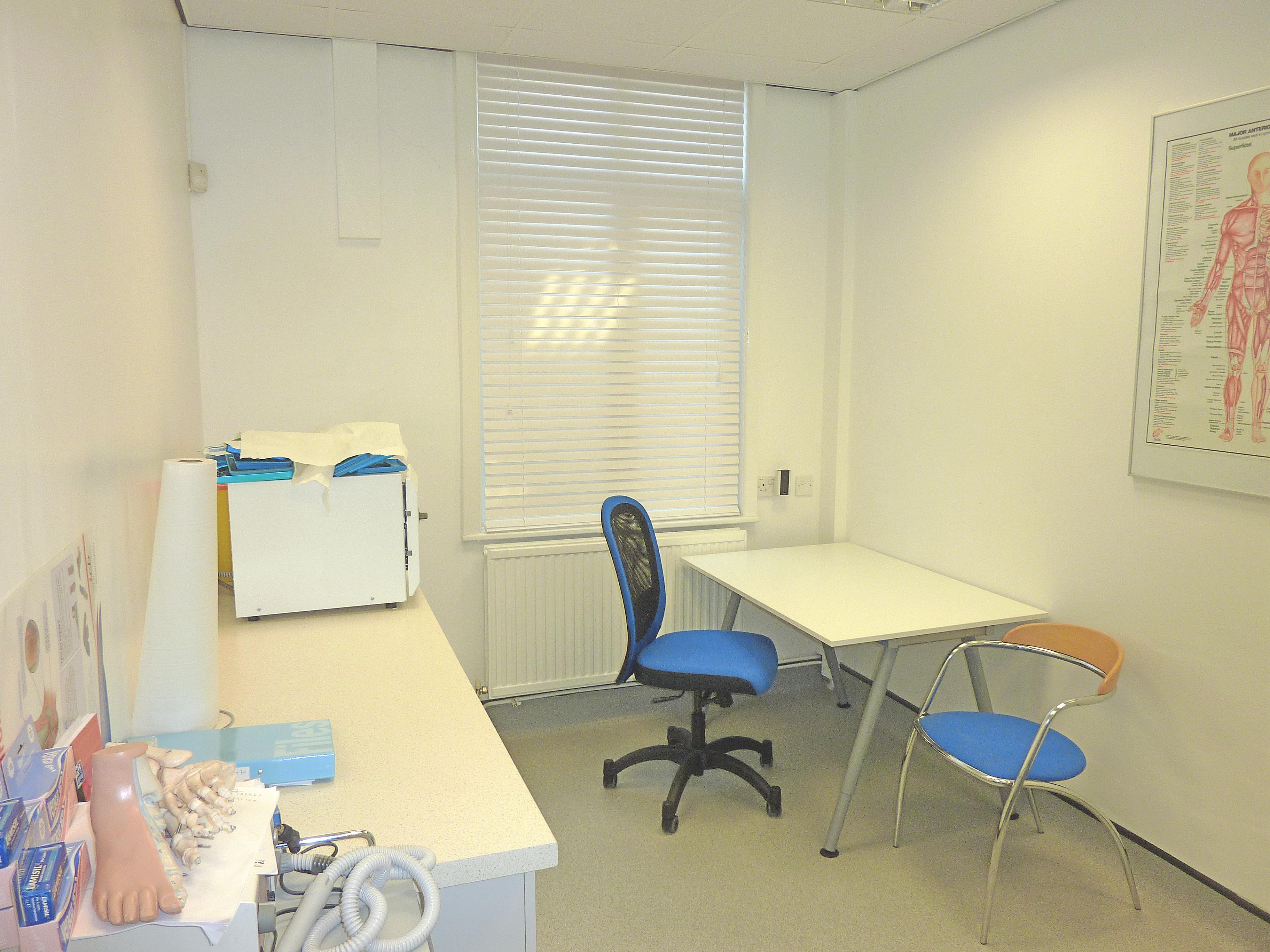 podiatry room rental