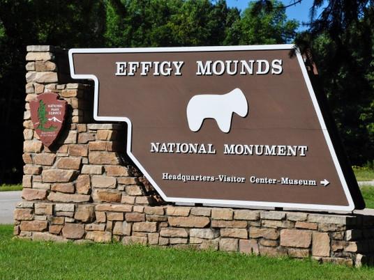 Effigy Mounds Hours