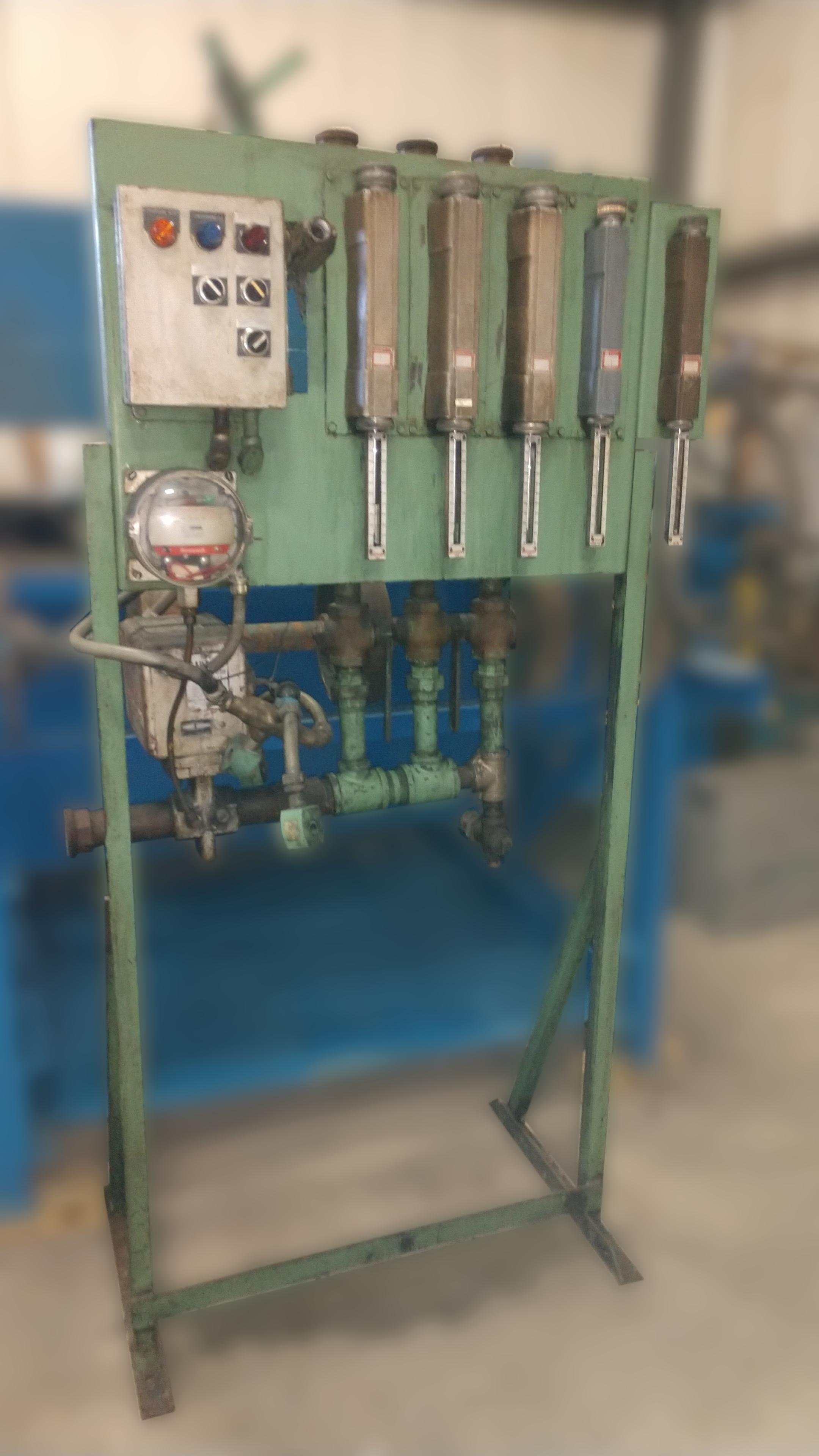 endothermic gas flow panel