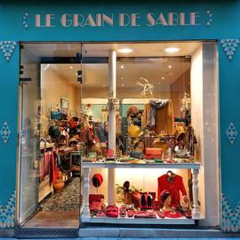 Boutique de chapeaux et accessoires à Paris