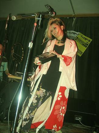 yumiko3.jpg