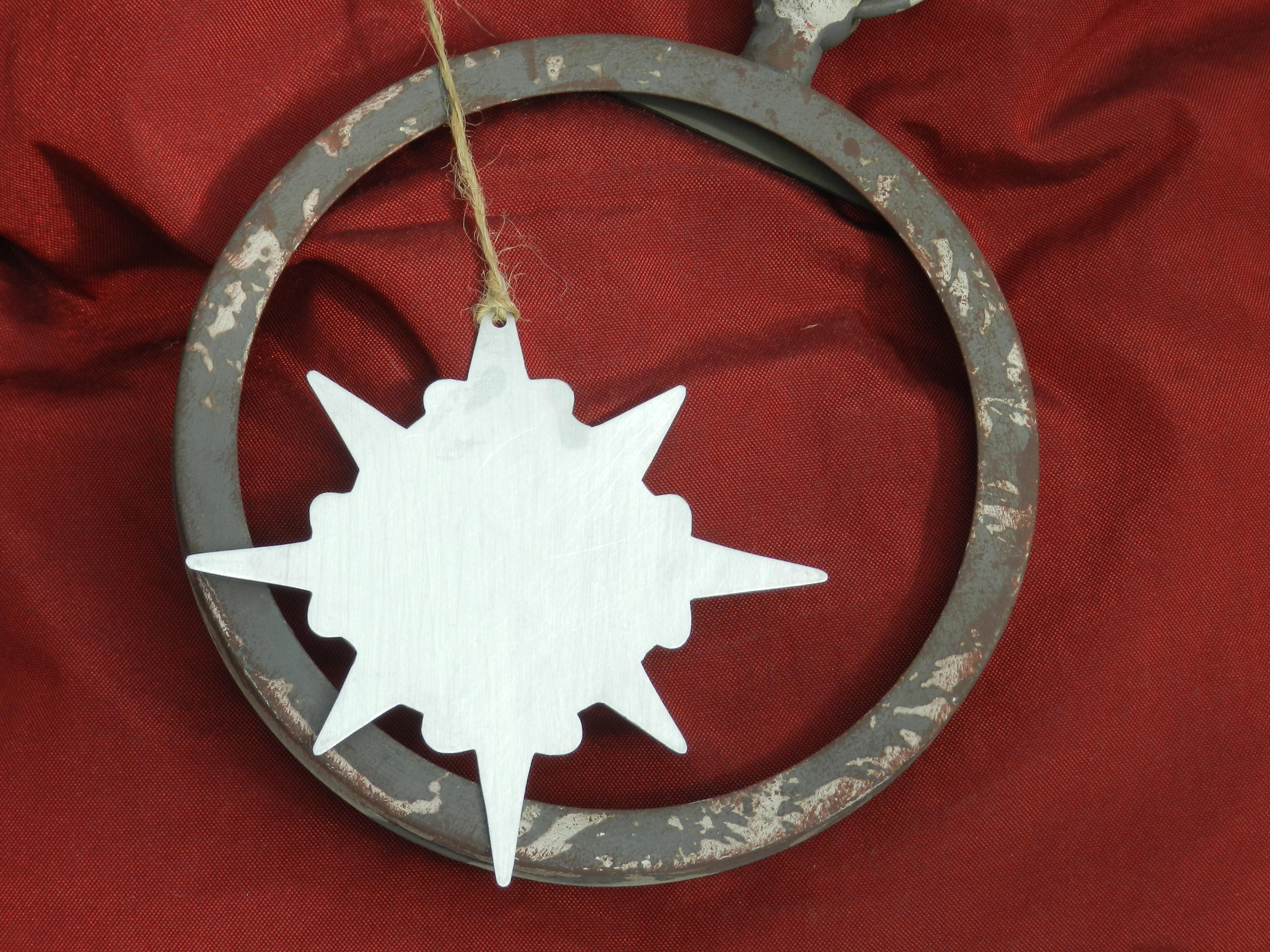 / Etoile de Noël en zinc
