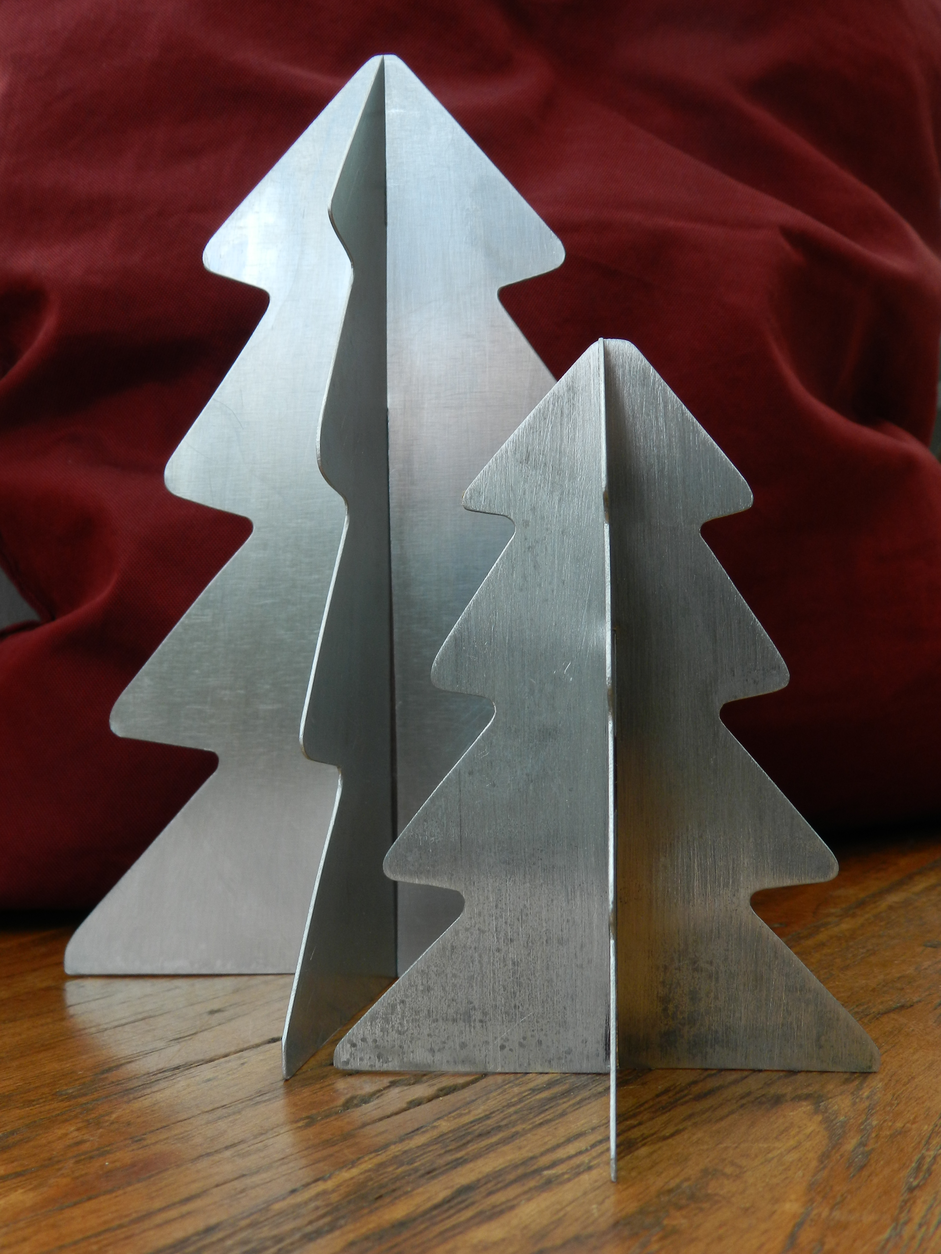 / Sapins de table en zinc