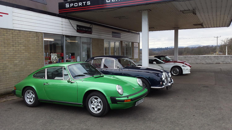Porsche 911, Daimler V8, Dodge Viper