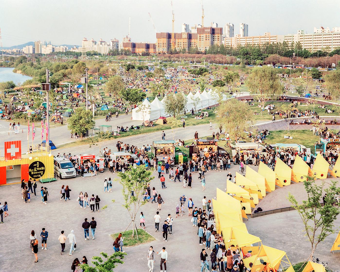 Bamdokkaebi Market, Seoul, May 2016