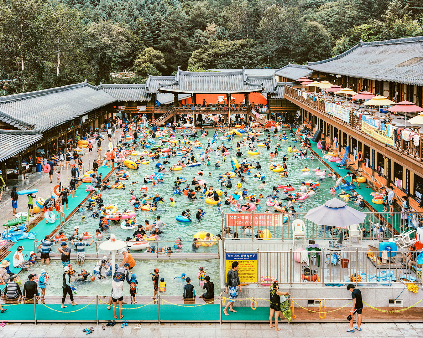 Hanok Swimming Pool, Yangju, August 2017