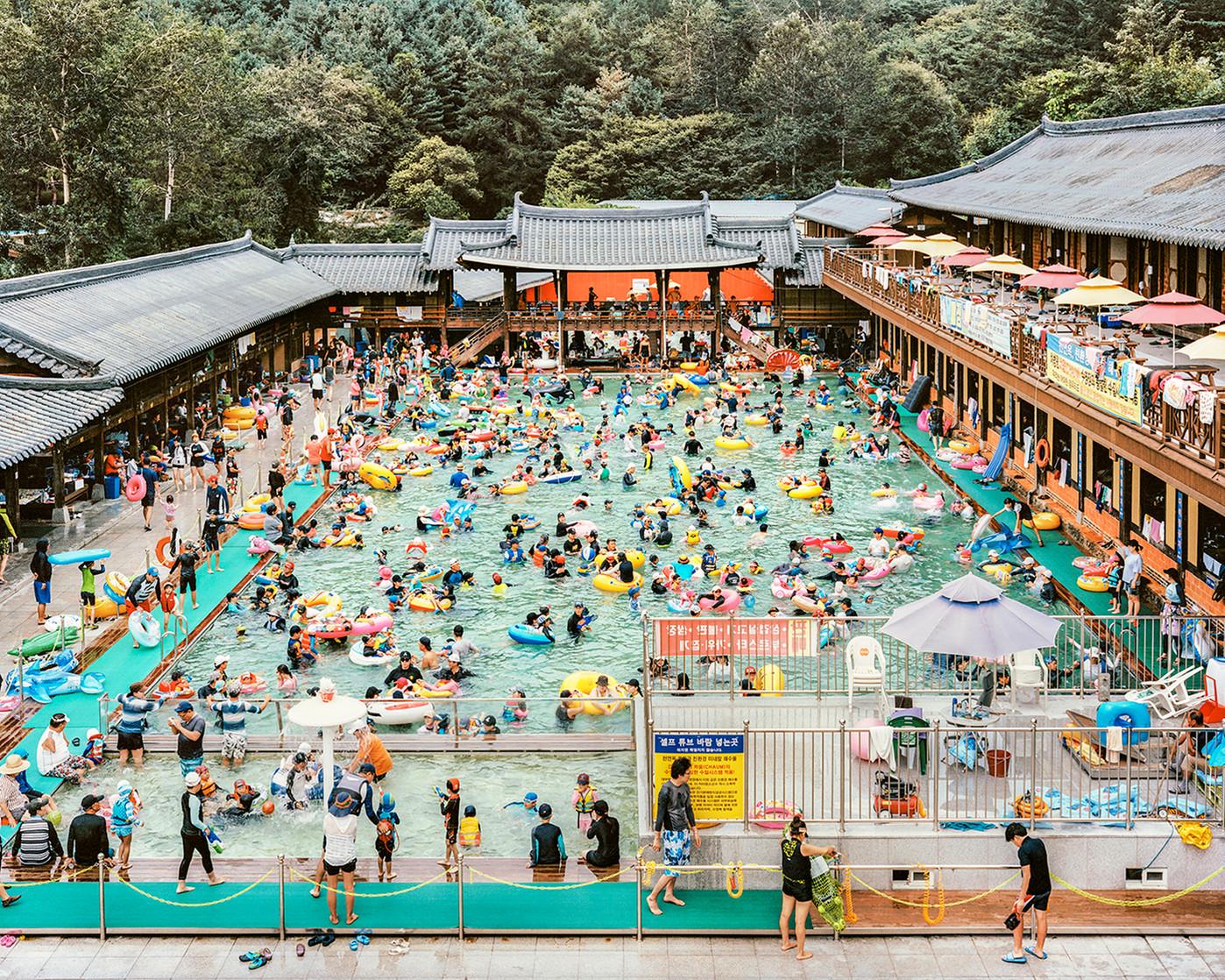 Hanok Swimming Pool, Yangju, August 2017