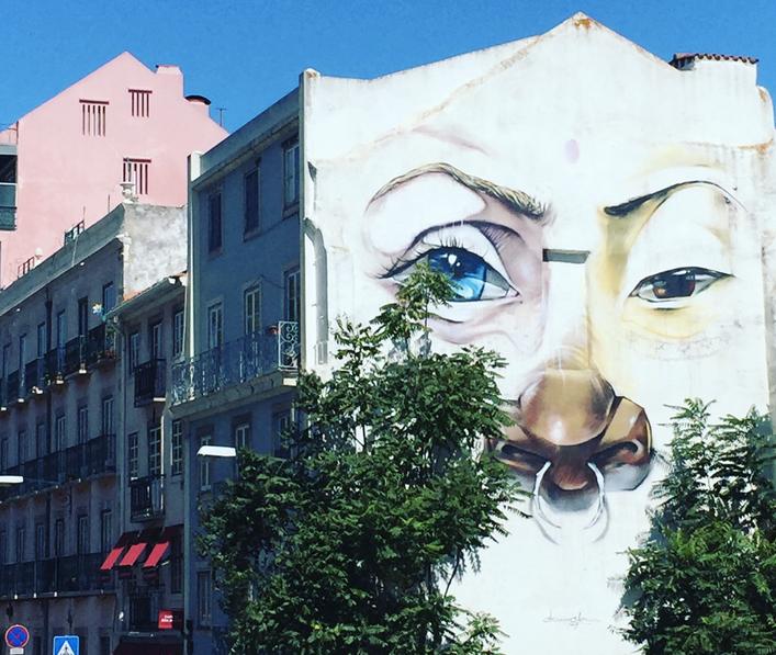 Streets of Estrela Neighbourhood - Rua São Bento