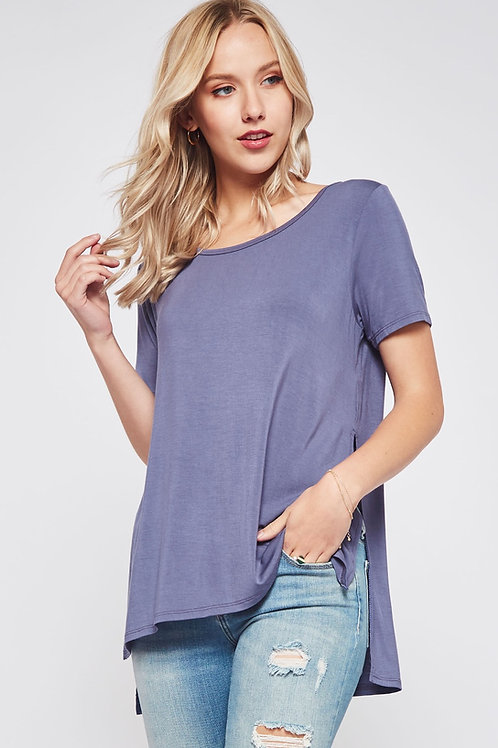 SIDE SLIT HIGH-LOW TEE
