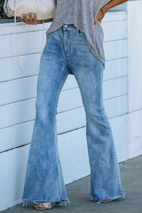 BLUE HIGH RISE FLARE JEANS