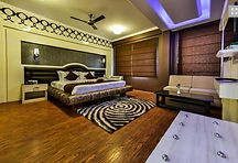 Hotel Solar Residency