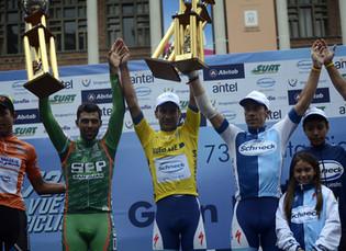 Laureano Rosas concluyó en el segundo lugar del podio de la Vuelta al Uruguay
