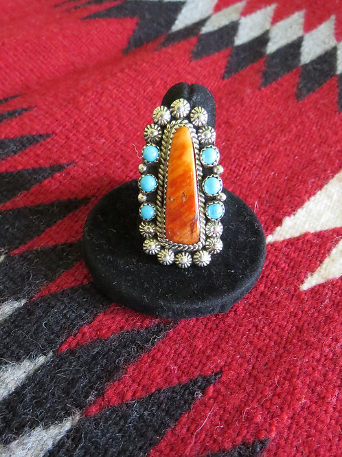 Spiny oyster shell and turquoise ring. Size 8.5 - 103R