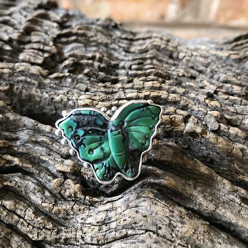 Butterfly hand design in block malachite set in sterling silver, Sz. 7