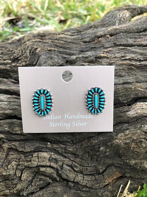 Very fine Zuni needlepoint stud earrings by Noretta Pablito