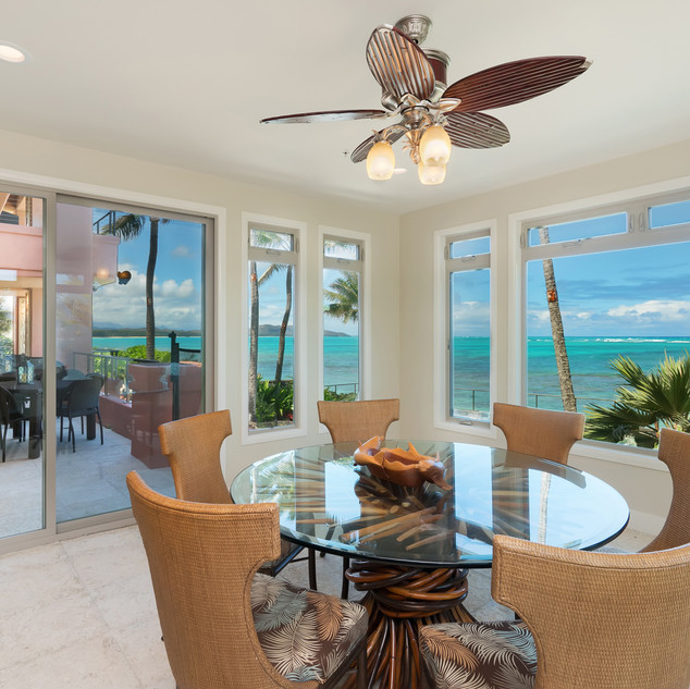Royal Hawaiian Estate - Kitchenette