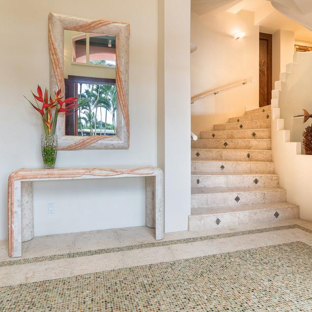 Royal Hawaiian Estate - Entry