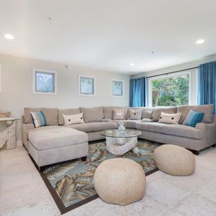 Royal Hawaiian Estate - TV Space