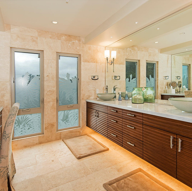 Royal Hawaiian Estate - Master Bath