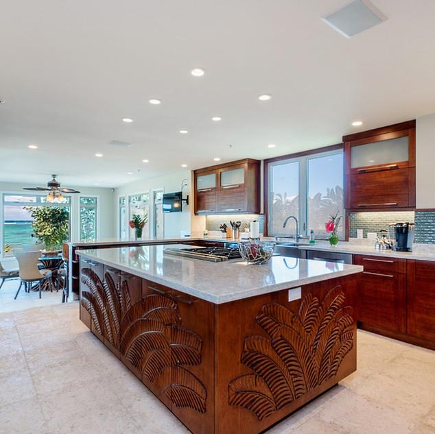 Royal Hawaiian Estate - Gourmet Kitchen