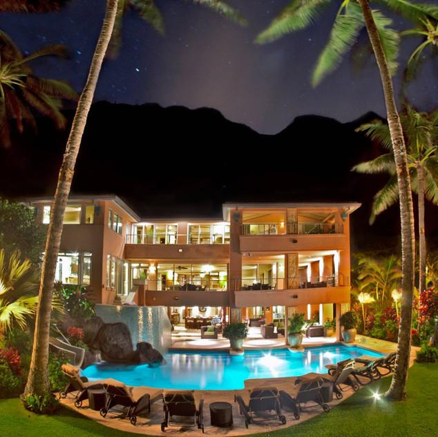 Royal Hawaiian Estate - Mountain Views - Night Ambiance