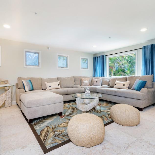 Royal Hawaiian Estate - Casual Living