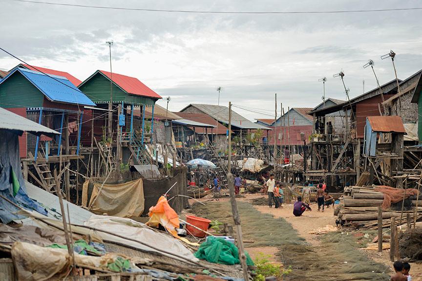 Floating Village Siem Reap Dry Season in Kompong Khleang