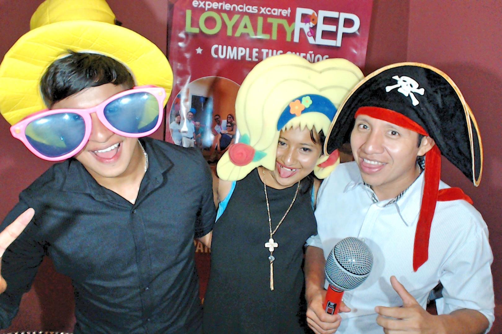 PhotoBoothPlayadelCarmenMexico0069.JPG