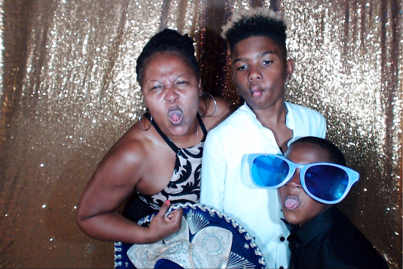 WeddingCancunPhotoBooth00158