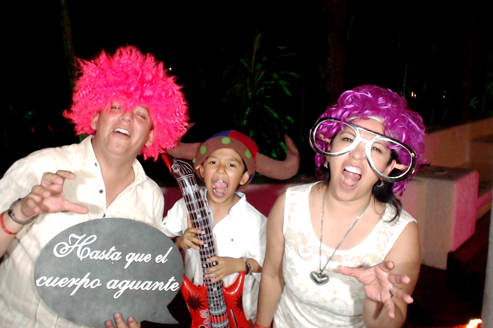 PlayadelCarmenPhotoBoothMexico0032.JPG